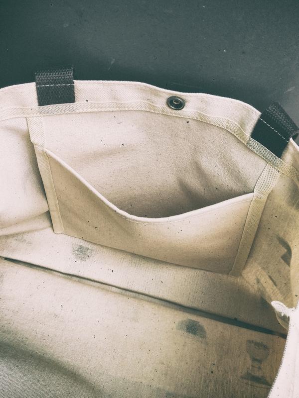 [ 裏-外系列 ] 肩背帆布包 (LWBG_02)
