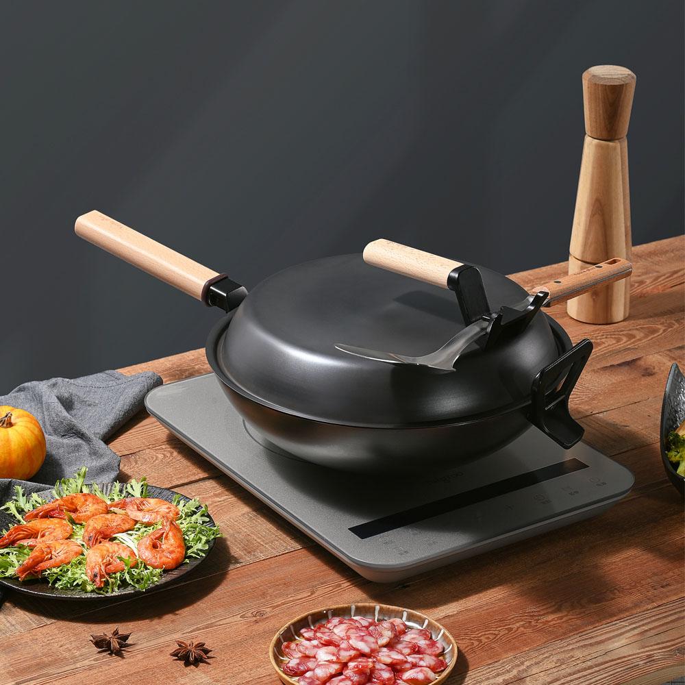 Taste Plus|悅味元釜 可立式窒化鐵 中華鑄鐵鍋 32cm IH全對應設計(贈鍋蓋+鏟勺放置設計)