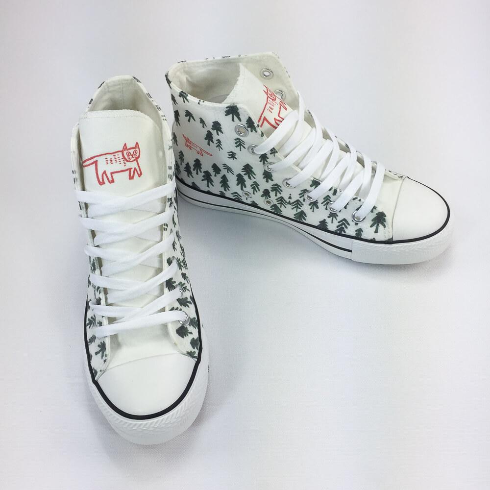 YOSHI850 新創設計師系列:帆布鞋【04 森林裡的一隻貓(白鞋白帶)】