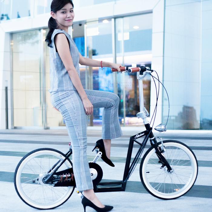 城市自行車Avenue Lite 滑板小徑車(紳士黑)周年慶55折後再送工具組