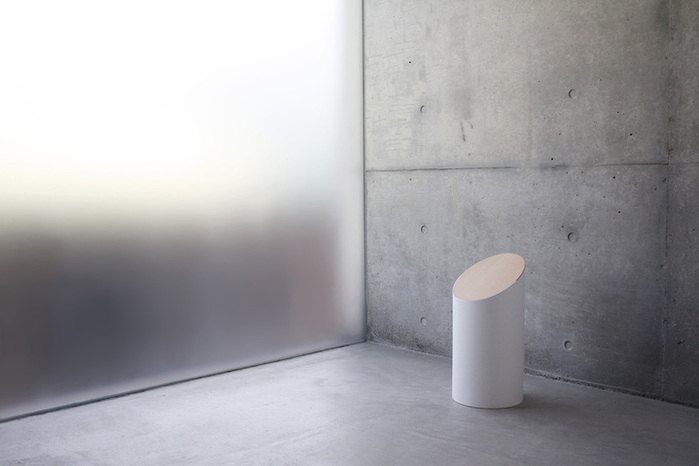 MOHEIM|SWING BIN 白色 胡桃木垃圾桶