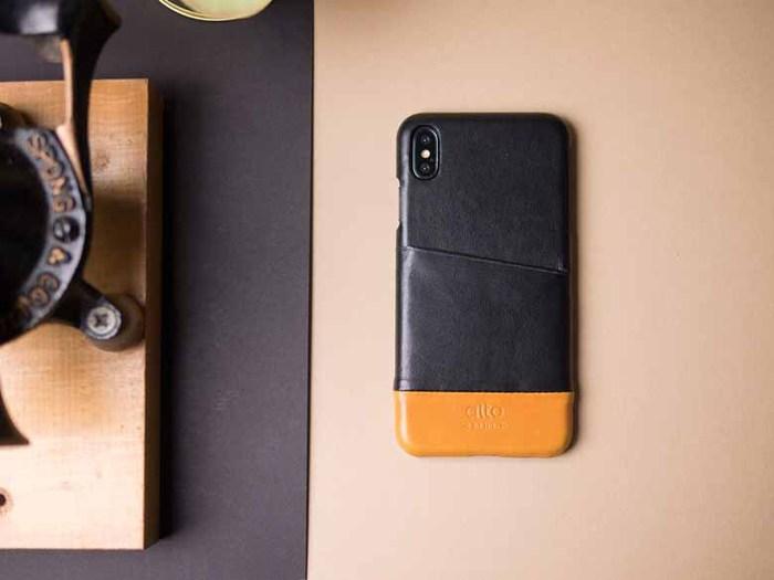 Alto|iPhone Xs Max 皮革保護殼 Metro (渡鴉黑/焦糖棕)