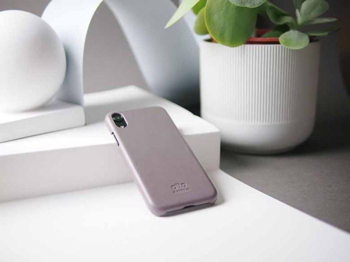Alto|iPhone XR 皮革保護殼 Original (礫石灰)
