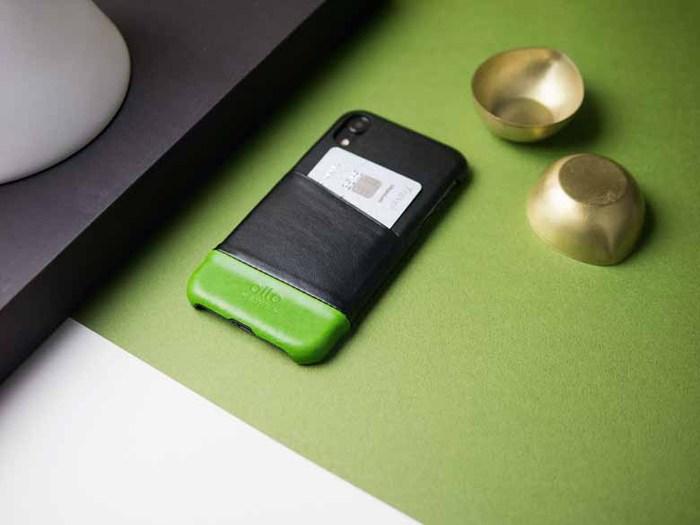 Alto|iPhone XR 皮革保護殼 Metro (渡鴉黑/萊姆綠)