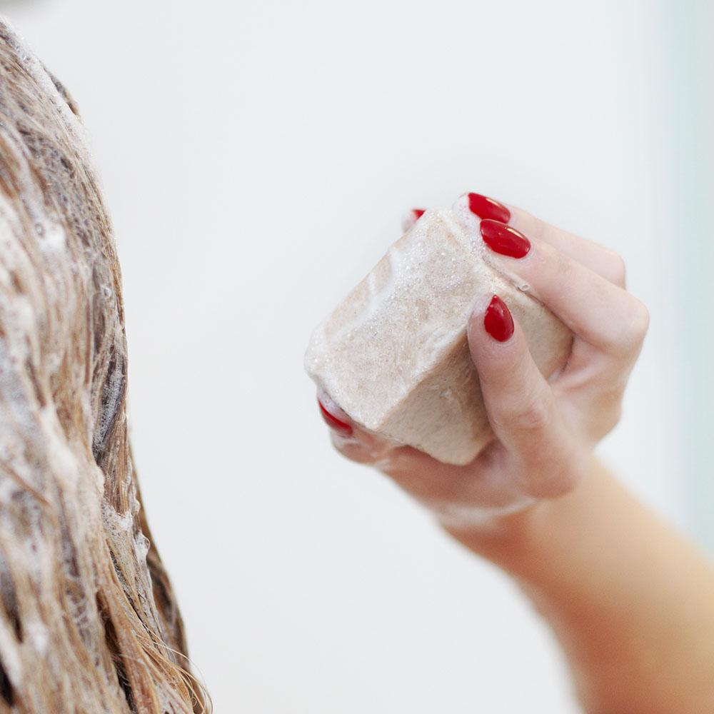 紐西蘭Ethique|燕麥寶貝 (嬰兒專用溫和沐浴洗髮餅)