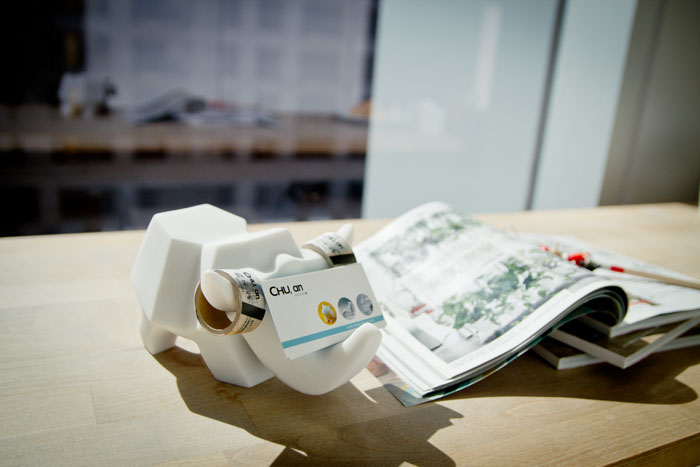 (複製)CHU,AN Design|大非洲系列-《快樂大象好夥伴》大象造型立體石雕手機座 / 置物盒
