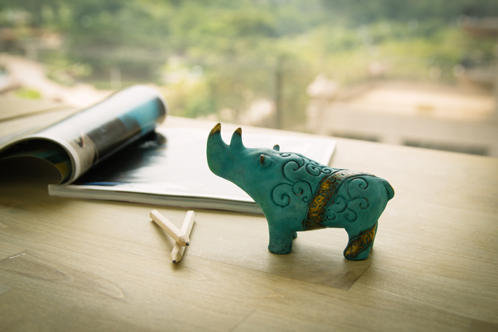 筌美術Gallery Chuan | 青銅時期系列_《出類拔萃》犀牛造型銅雕