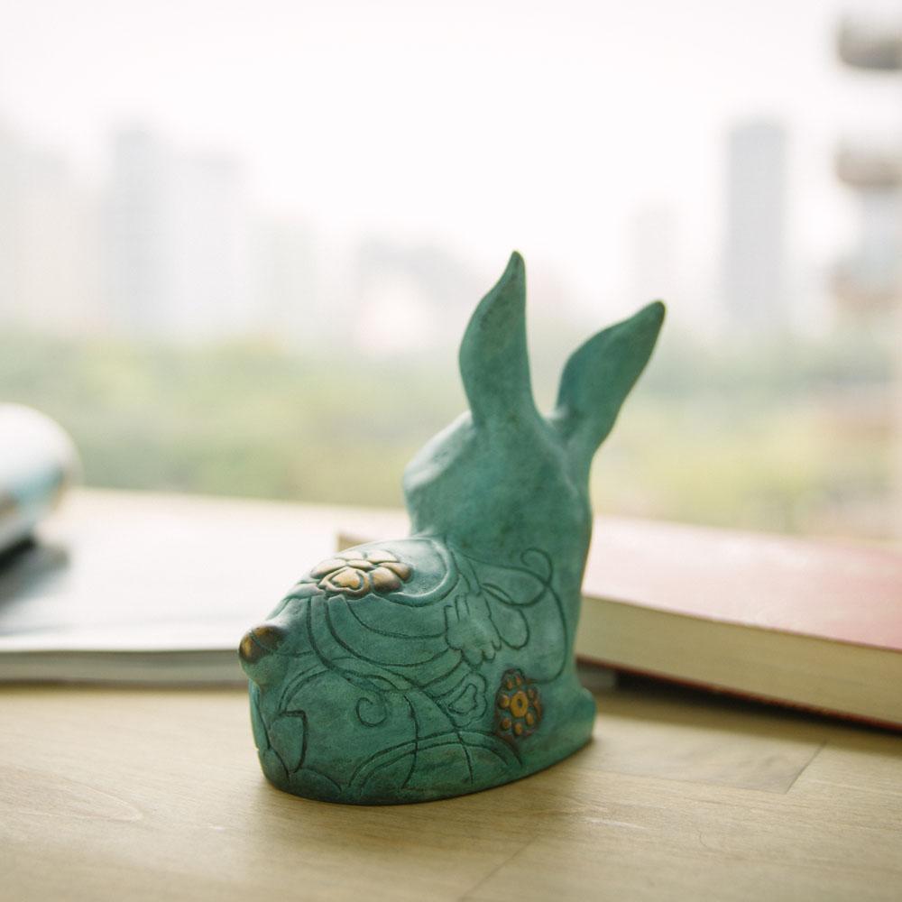 筌美術Gallery Chuan   青銅時期系列_《大展鴻圖》兔造型銅雕