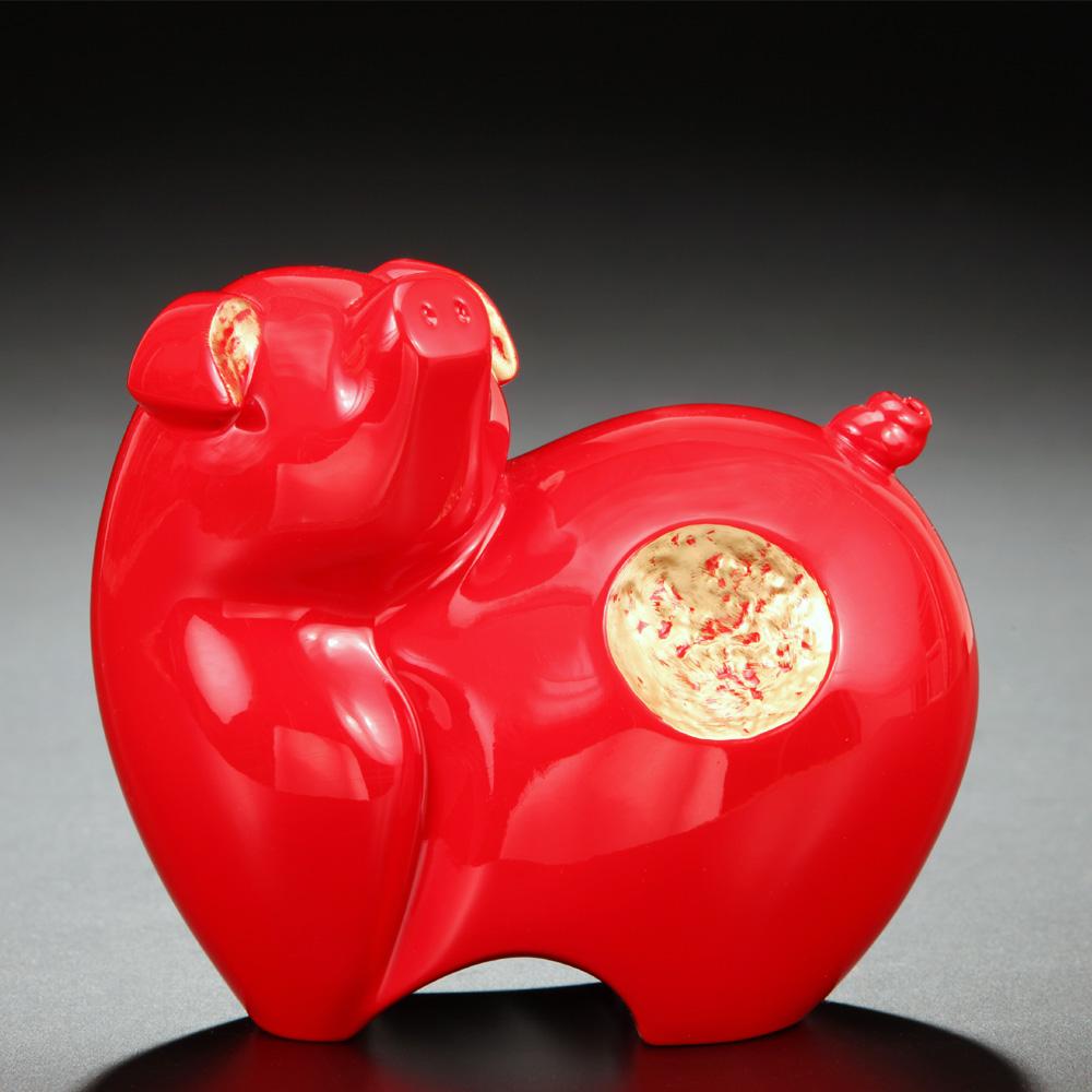 筌美術Gallery Chuan | 尊榮系列_《滿.福祿 》豬造型擺飾(紅)
