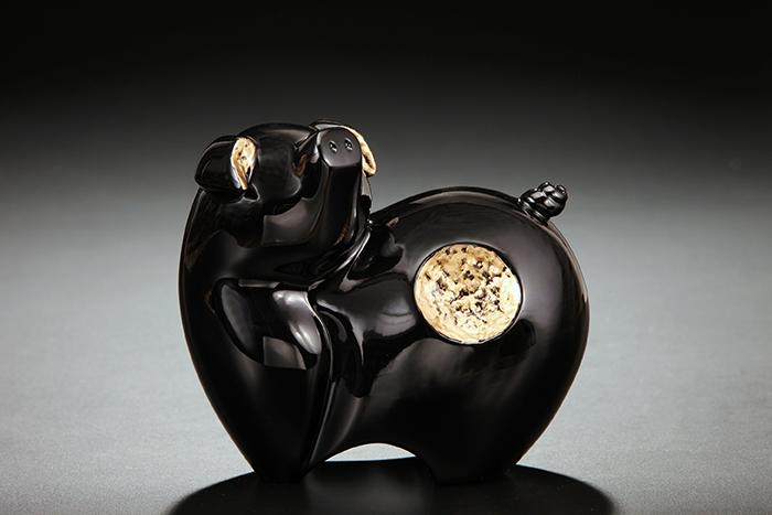 (複製)筌美術Gallery Chuan | 尊榮系列_《滿.福祿 》豬造型擺飾