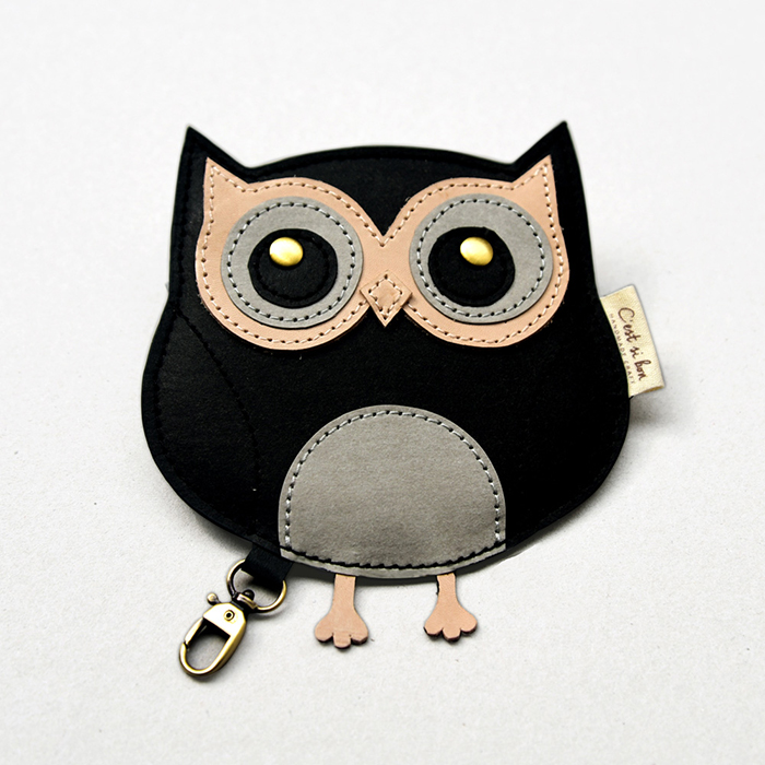 C′est Si Bon 洗舊皮革紙鑰匙圈零錢包-動物狂想曲(質感黑貓頭鷹)