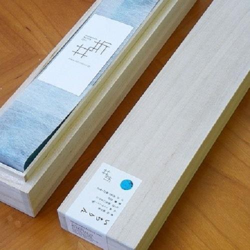 折井 Orii|一枝獨秀-斑紋純銀色