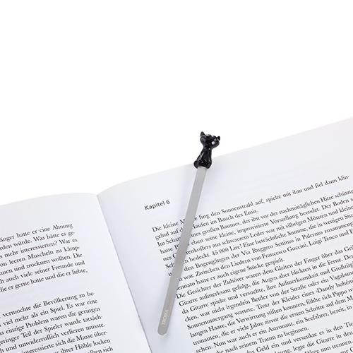 TROIKA|  書上的神祕黑貓書籤