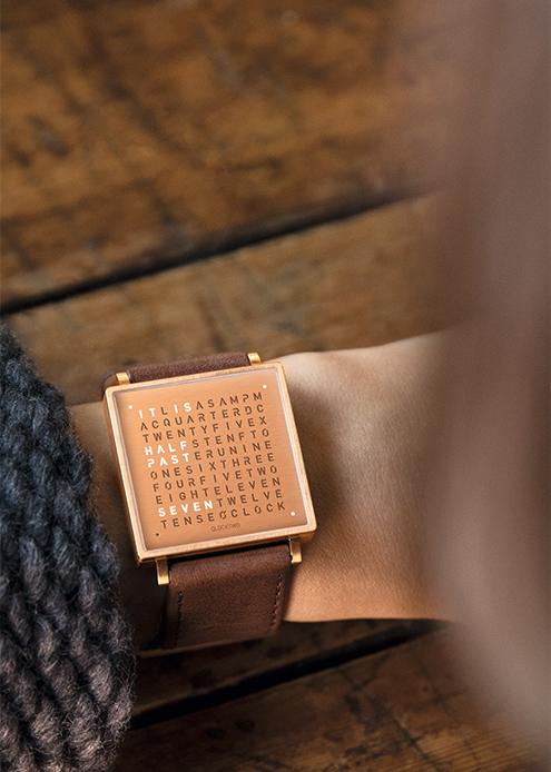 (複製)QLOCKTWO W35 Pure Black Gold PVD 黑色霧面黃金精鋼腕錶_黑色牛皮錶帶