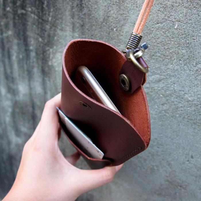 DUAL|多功能兩用手機袋-氣質紅(5.5吋以上使用)
