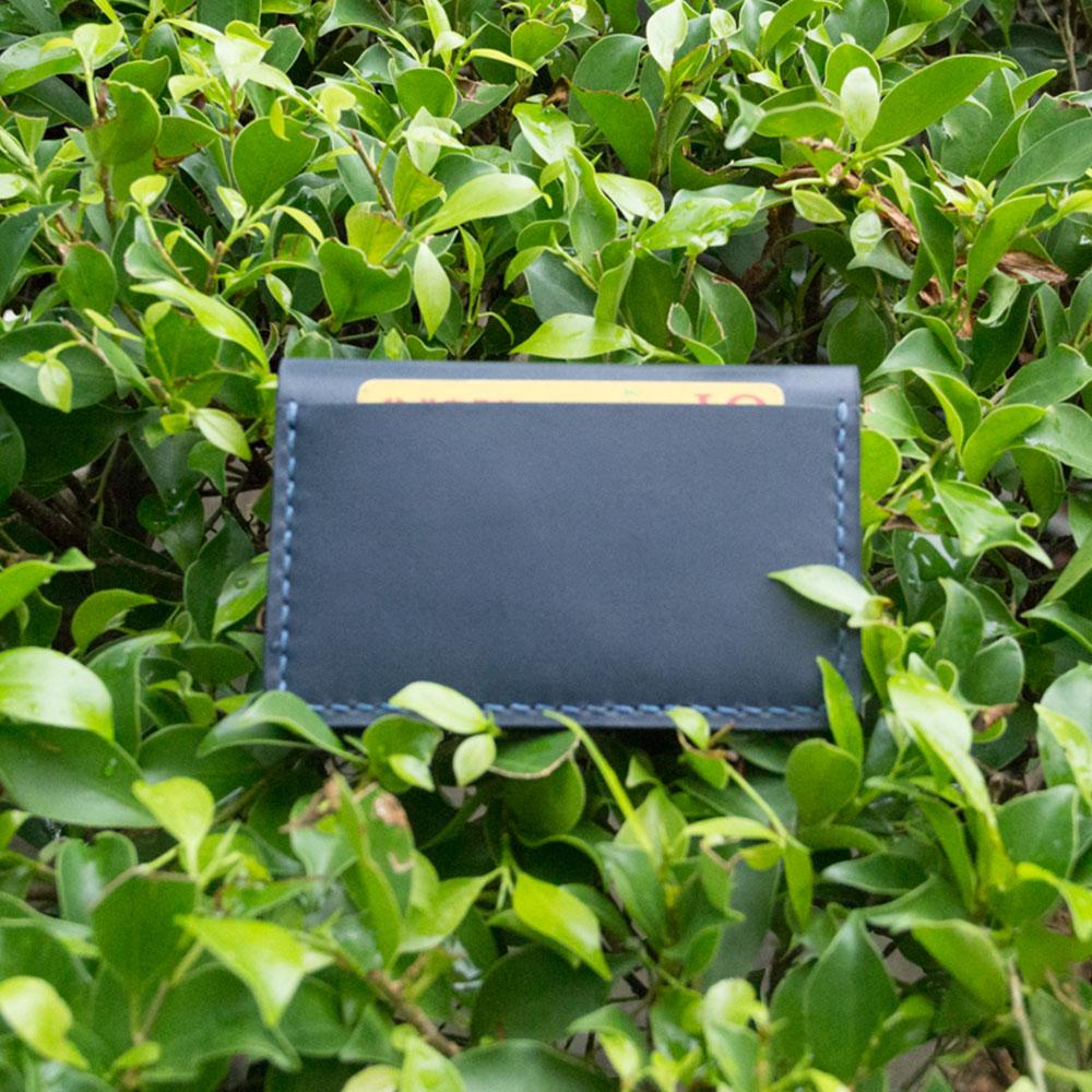 DUAL|頭層牛皮手工縫製經典卡片夾 (深藍)