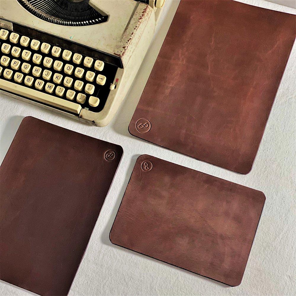 DUAL|醇厚質感牛皮寫字墊(滑鼠墊) - A5 (三色可選)