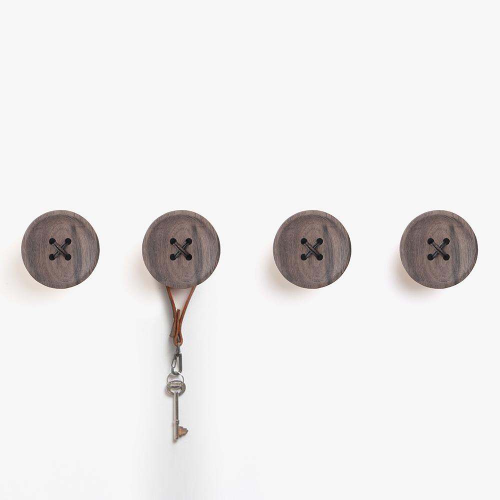 Pana Objects|胡桃木鈕扣-掛架