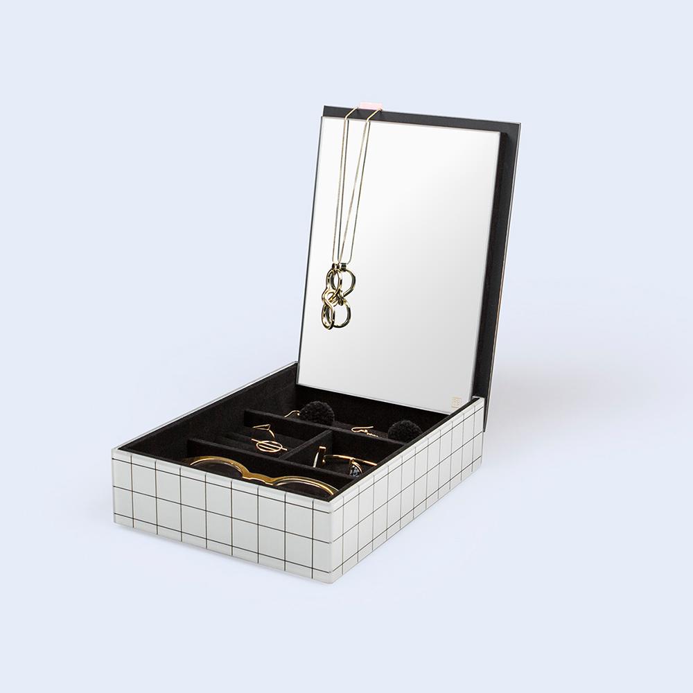 DOIY 沁涼泳池 珠寶盒