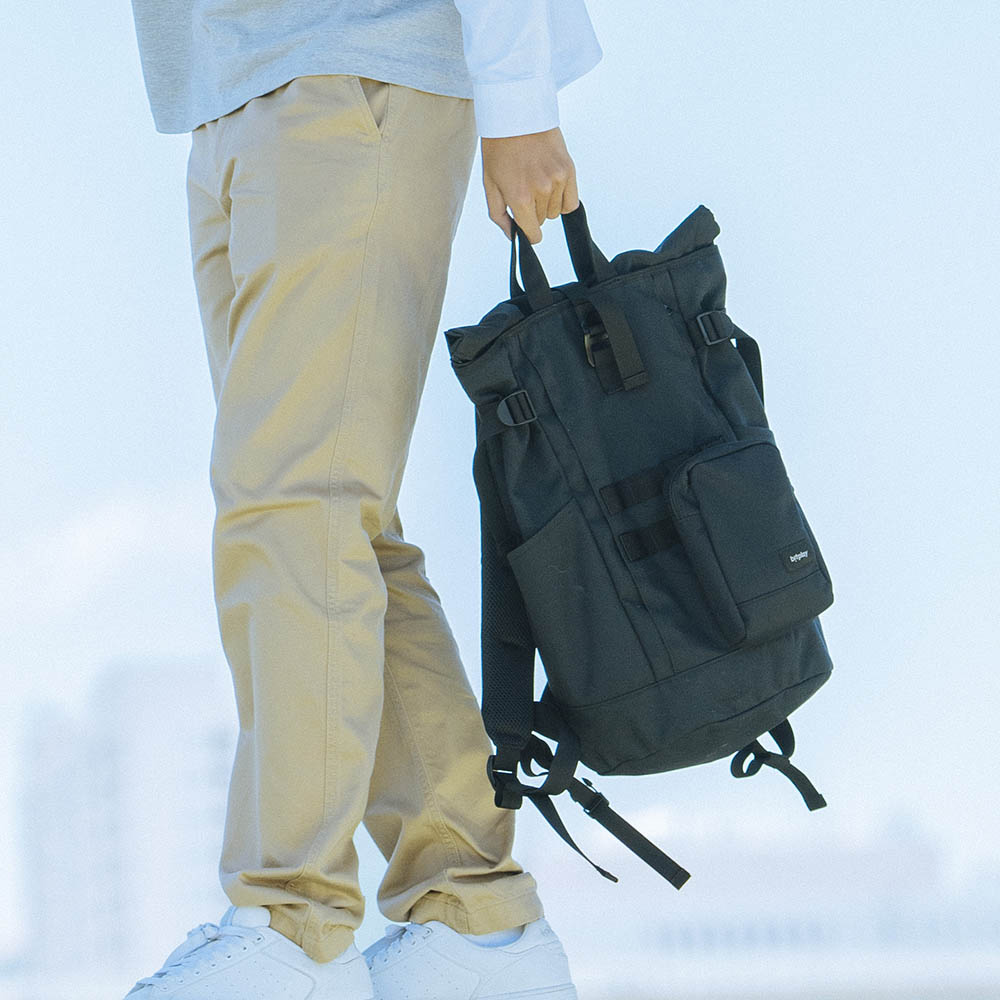 bitplay| 輕旅包 後背包&手機包 (黑標)