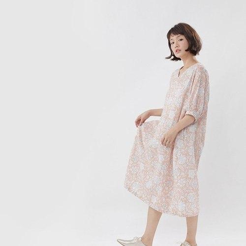 好我 so that′s me|Fifi花卉印花度假長洋裝粉