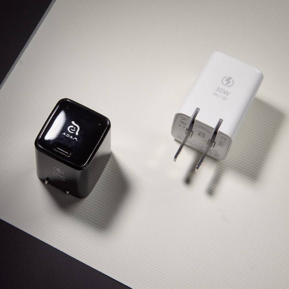ADAM|OMNIA X3 kit PD30W Lightning 快速充電組(120cm)『iPhone 12 快充線』