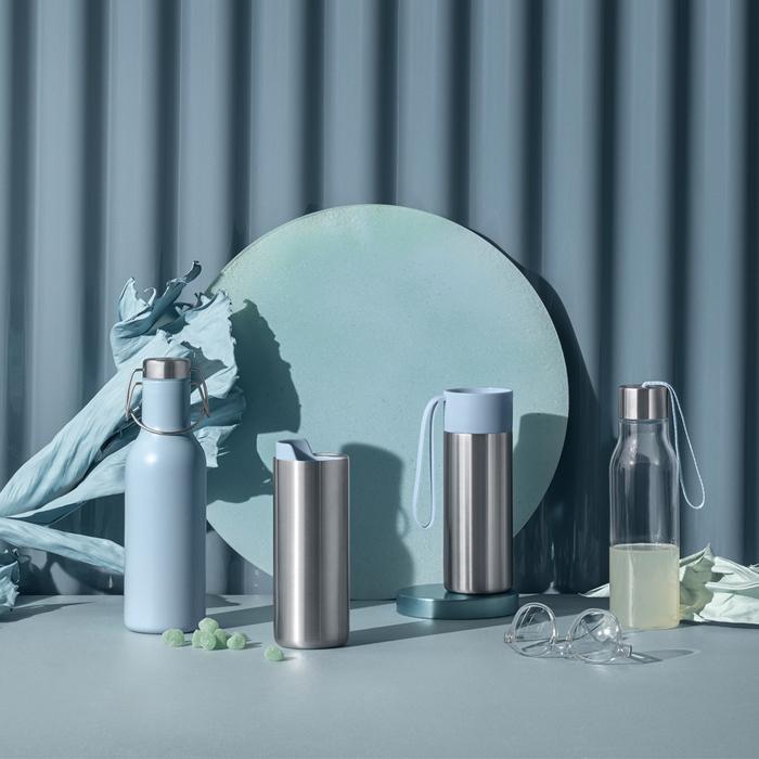 北歐櫥窗 Eva Solo|Cool 保冰翻蓋瓶(雲朵藍、700 ML)