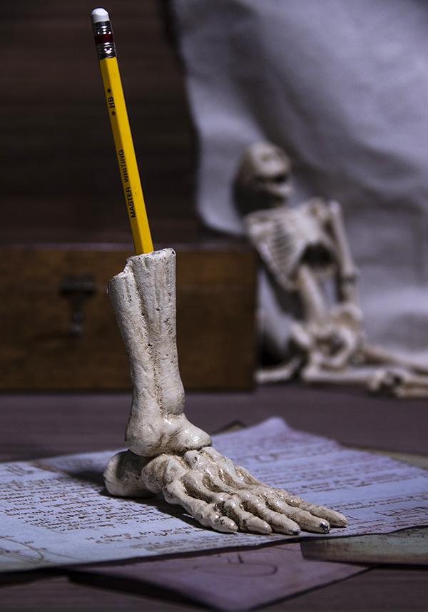 賽先生科學工廠|骷髏造型筆座 skeleton