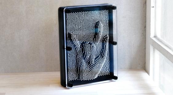 賽先生科學工廠|Pin Art大搞創意複製針 / 金屬銀