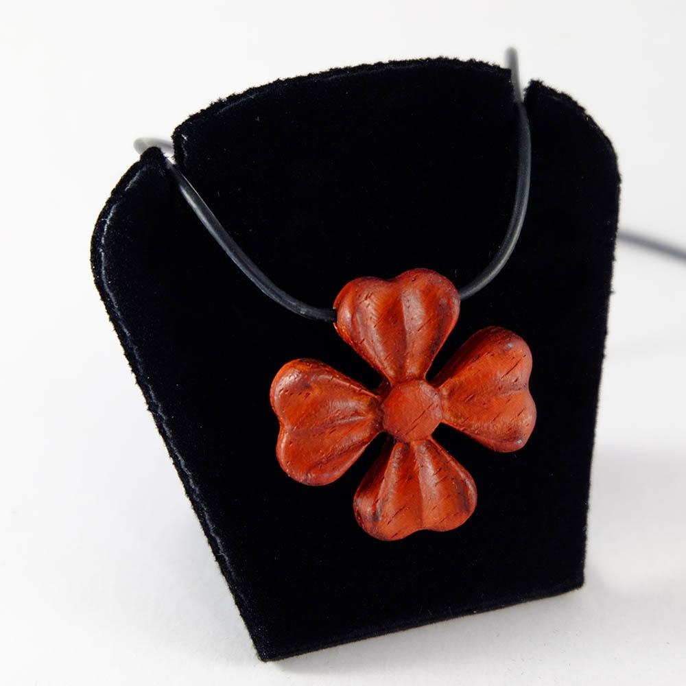 Millimeter|四葉心綻 Four Leaf Heart Bloom (紅色幸運草)