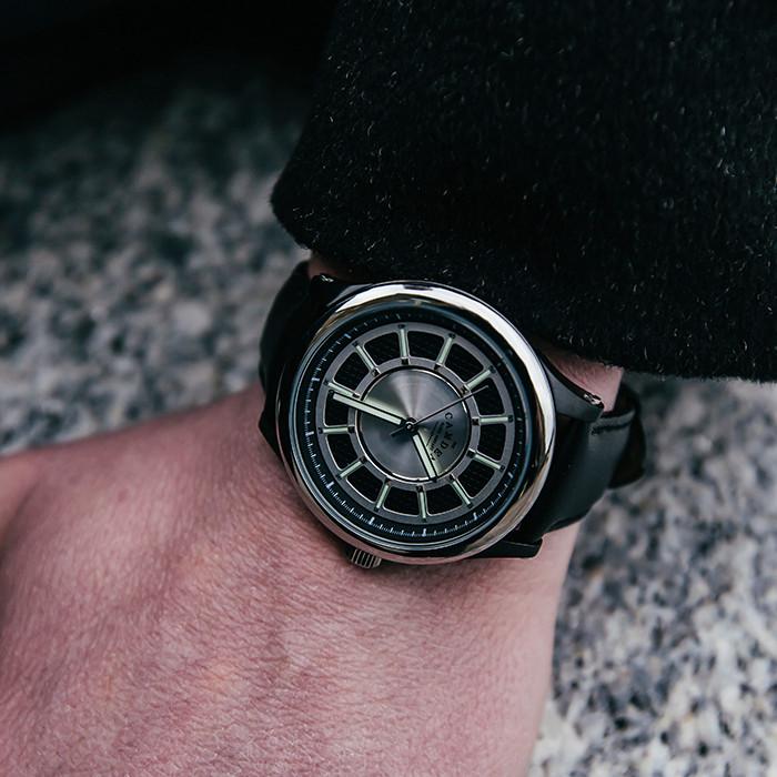Camden Watch |純英國血統 時尚精工大刻度真皮腕錶