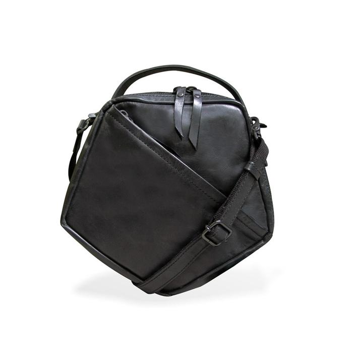 LESS DESIGN|獨特格調 日系五角型兩用手拿/側背包