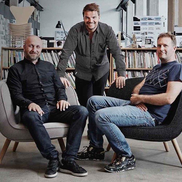 BULBUL|丹麥簡約時尚真皮腕錶 40mm,不銹鋼灰、時尚銀灰色皮革錶帶