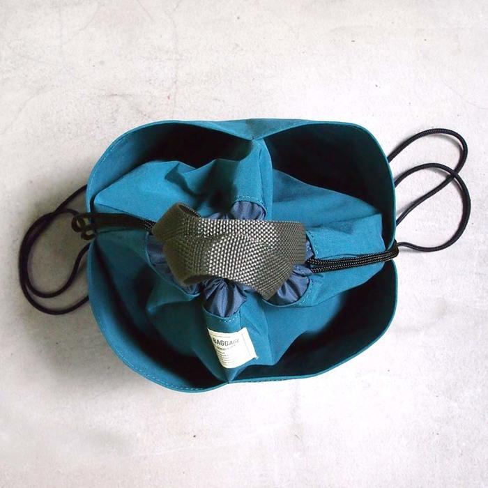 Wonder Baggage|日系玩色 輕巧防潑水兩用手拿/後背包