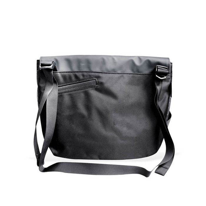 CIE|日系時尚摩登俐落防潑水側背包