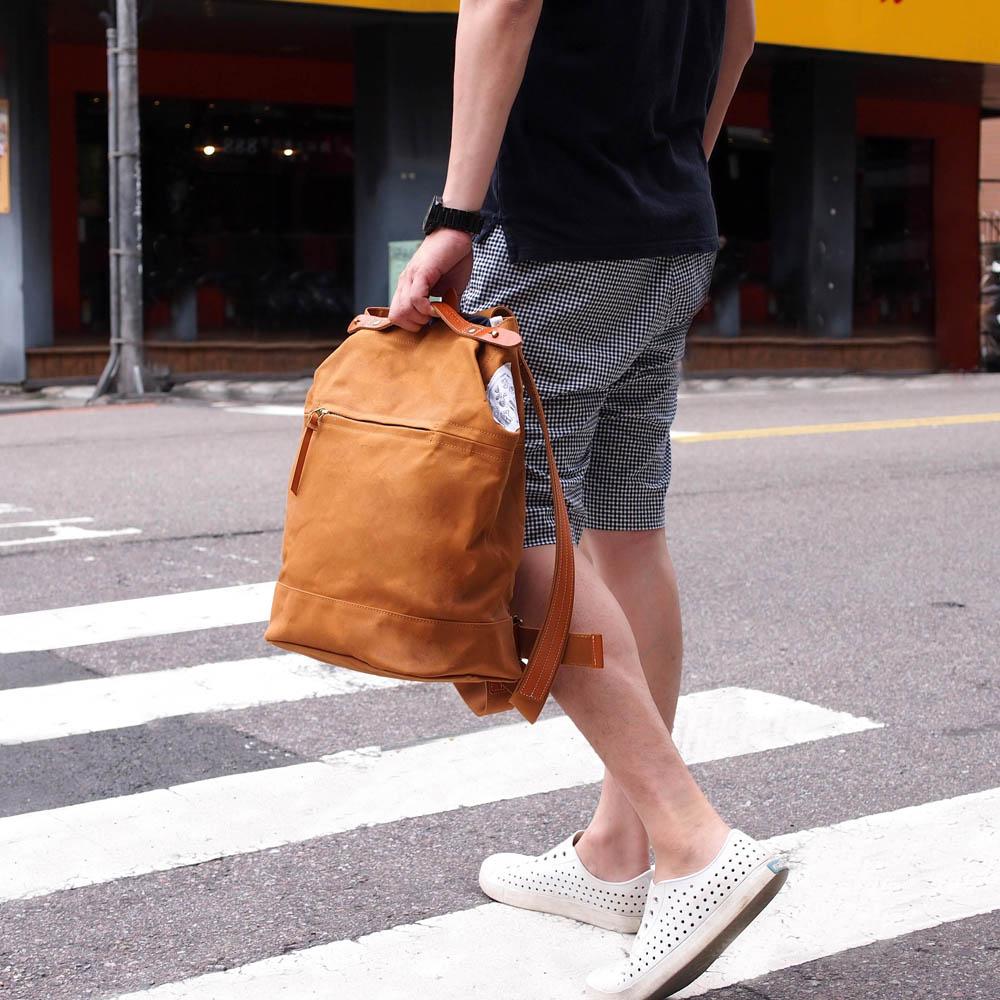 SUOLO|日本簡約皮革滾邊防潑水後背包