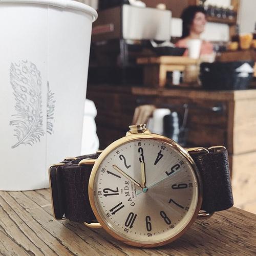 Camden Watch |純英國血統 英倫時尚玩味個性真皮腕錶