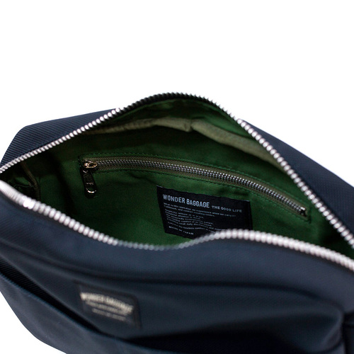 WONDER BAGGAGE 日本製收納力與便利性兼具 日系隨身機能型防潑水尼龍斜背包