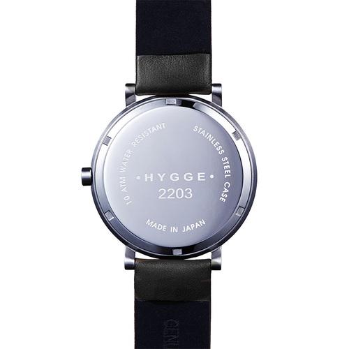 HYGGE|日本低調率性大錶面真皮腕錶(不銹鋼銀、黑色皮錶帶)