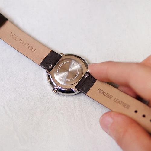 VEJRHOJ|丹麥霍伊經典原木手錶-Stella沉穩黑-深色染胡桃木  34mm