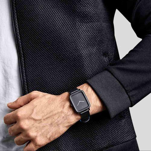 BULBUL|丹麥製 簡約個性款真皮腕錶 40mm,不銹鋼黑、沉穩黑皮革錶帶