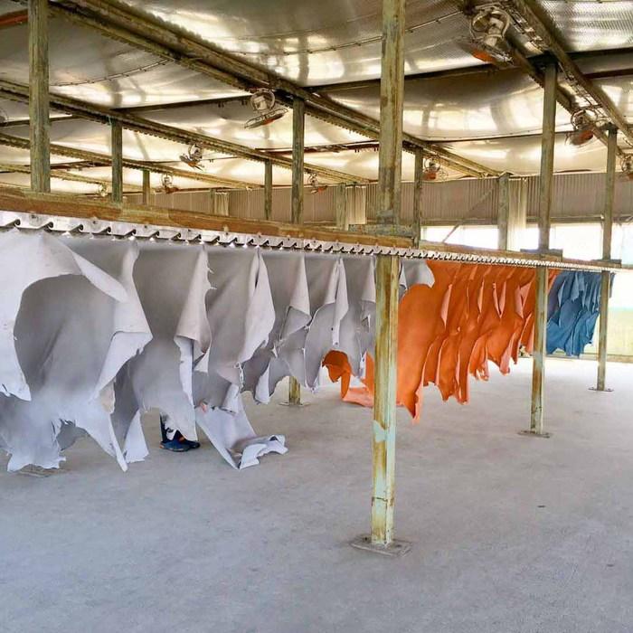 SLOW |復古經典 日式植鞣手工牛革側背包