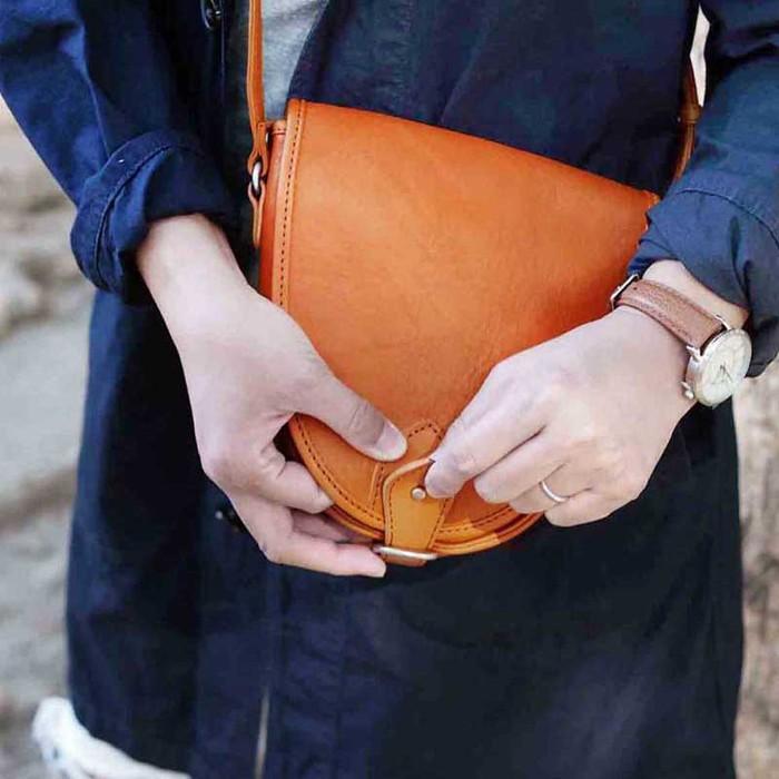 SLOW|復古率性日系職人手工牛皮馬鞍/側背包