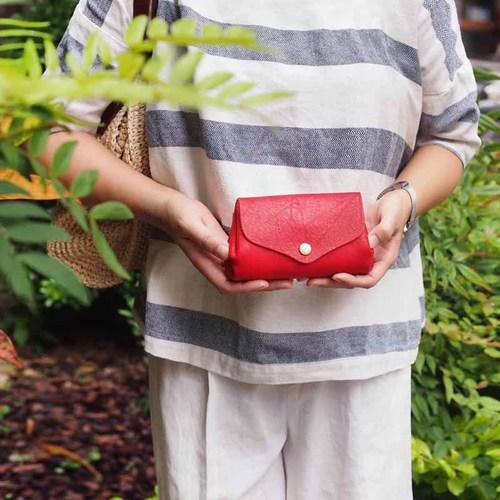 CHAM|日本職人手工摺邊多夾層牛革隨身/手拿包