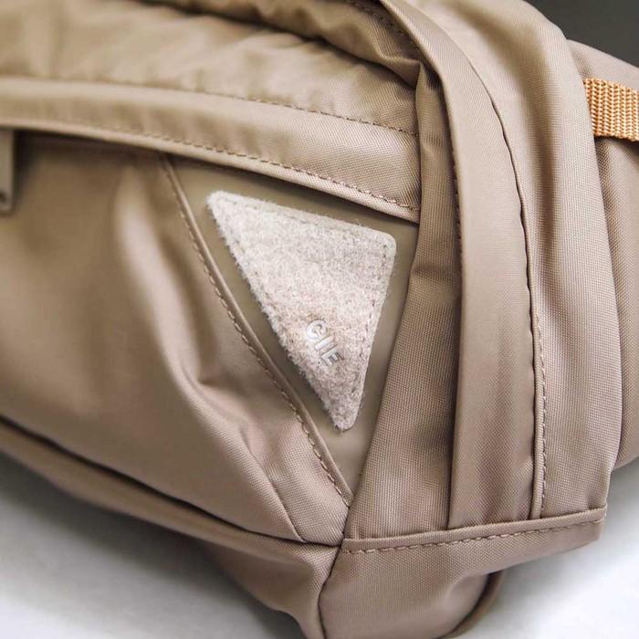 CIE|日系戶外休閒 機能防潑水輕量尼龍側背包