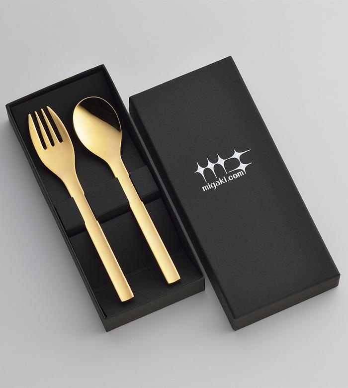 遠馸思創|日本製輕巧不鏽鋼研磨叉匙組 (尊爵金/玫瑰金|15 cm)