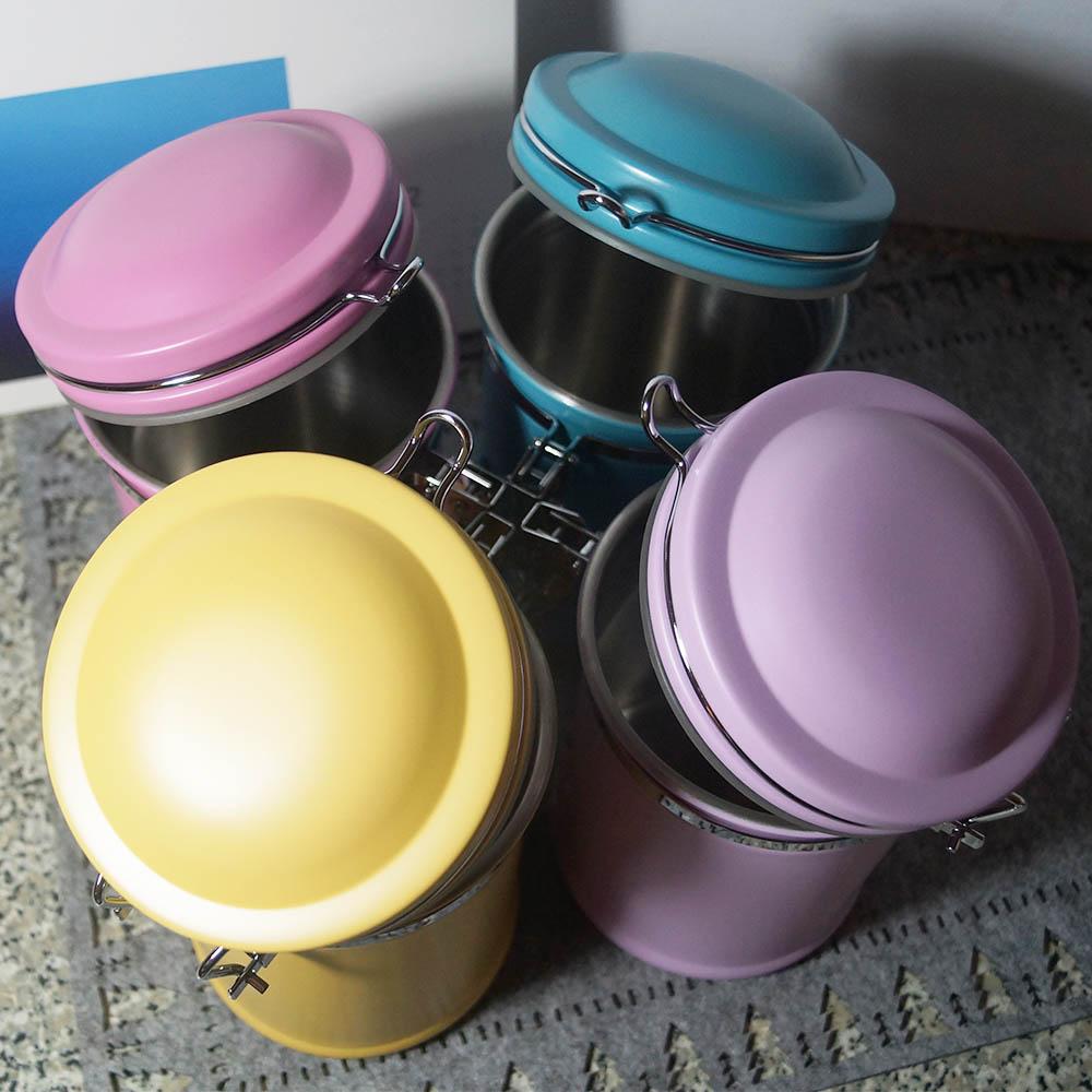 遠馸思創 馬卡龍色系郵筒造型不鏽鋼密封罐 (薔薇桃紅 1.0 L)
