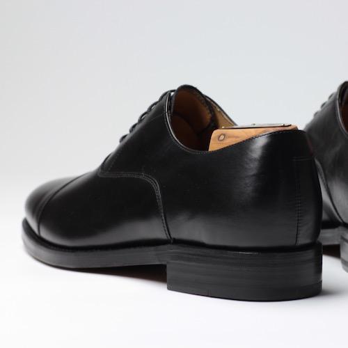 Berwick1707|3010 牛津 Box-F Negro (黑色)