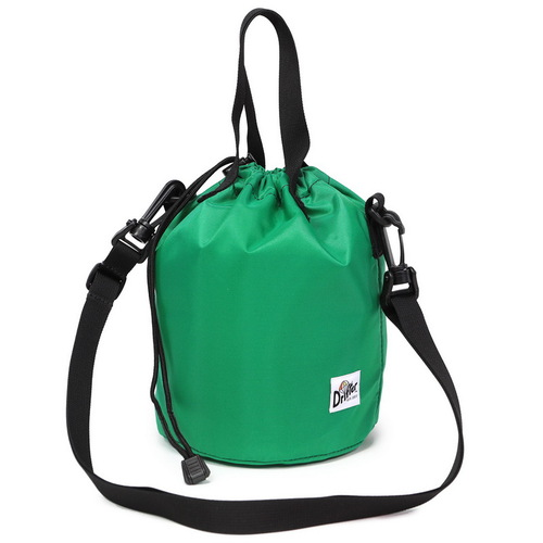 Drifter 防潑水輕巧抽繩水桶包 (青草綠)