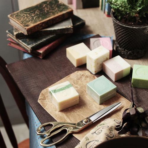 雪文洋行|蘭布拉琥珀72%馬賽皂-(琥珀白薑花)